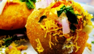 26 Places To Try Street Food In Delhi That Is Worth Every Calorie