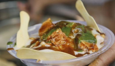 8 Best Places To Get Delicious Delhi Street Food