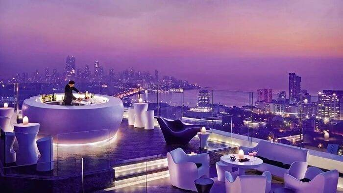 Coolest And Safest Nightlife Experiences In Mumbai That Will Make You Fall Head Over Heels For The City!