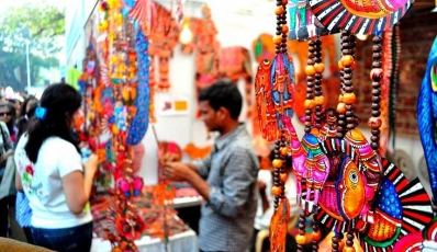 Places In Delhi To Hit For The Best Street Shopping Experience