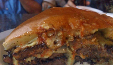Pune Street Food: 15 Must-Visit Places For Foodies - Holidify