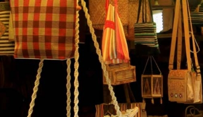 Top 10 Shopping Places In Delhi | What To Buy In Delhi Markets