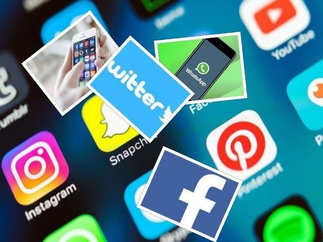 डिलीट करो व्हाट्सएप, दफा हो जाओ फेसबुक और टिवटर की दुनिया से!