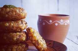 Sabudana Pakoda | Sabudana Vada | Crispy Sago Fritters | Vrat Recipe