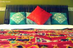 10 Ways to Make Your Bed!