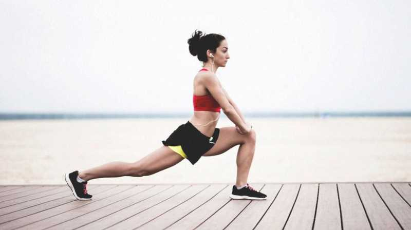 5 Hip Abductor Stretches For Healthy Knees - Women Fitness