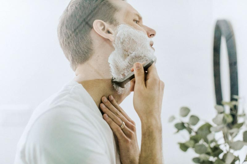 7 No-Nonsense Grooming Tips Every Busy Guy Needs To Know