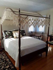 Antique Beds - Antique Bed History ⋆ Bohemian