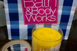 BATH&BODY WORKS MANGO COCONUT COOLER CANDLE