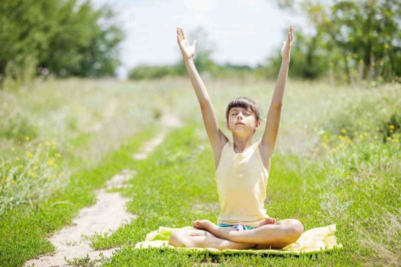 Benefits Of Mindfulness & Mindfulness Exercises For Children