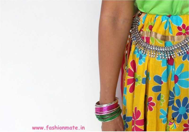 Creative Navratri Look - Tshirt Chaniya Choli!