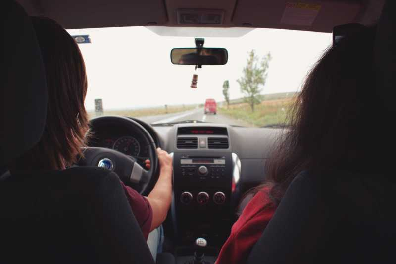 Dear Moms, It's Time To Bid Goodbye To Vanilla GPS Tracking Device For Cars