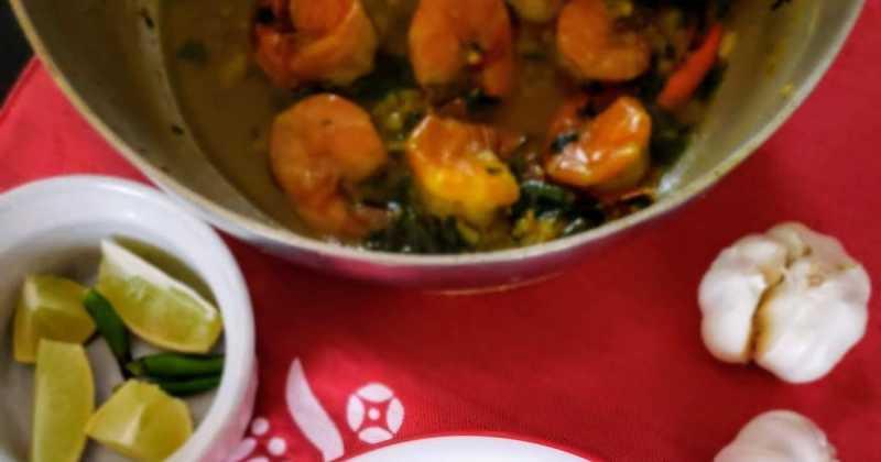 Easy Garlicky Chingri -- For Dugga Pujo