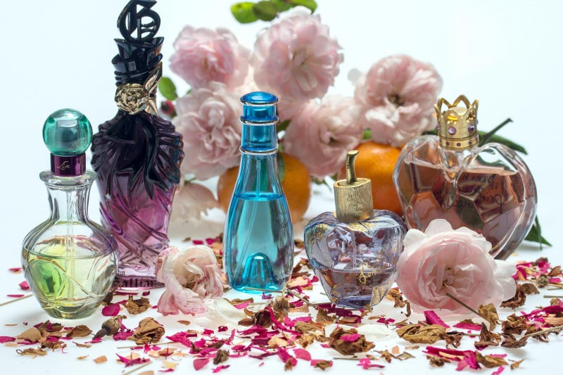 Get A Wonderful Scent And Learn How To Make Perfume Last Longer In The Bottle?
