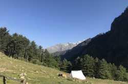 Hiking & Camping in Kheerganga, Kasol