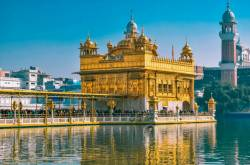 In the Abode of Peace and Serenity - Golden Temple, Amritsar | Kohl Eyed Me