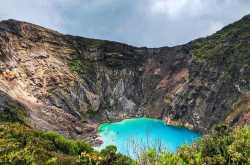 irazu volcano national park - must visit place around san jose & cartago cities of costa rica