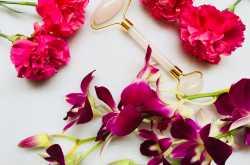 Is The Rose Quartz Roller Worth Buying???