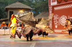 "Kalabelia - Folk ""Cobra Dance"" from Rajasthan"