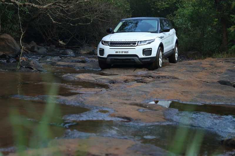 Land Rover Off-road Experience In Aamby Valley