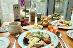 """Lunch at Golconda Pavilion - ITC Kohenur """"The Luxury Collection"""""""