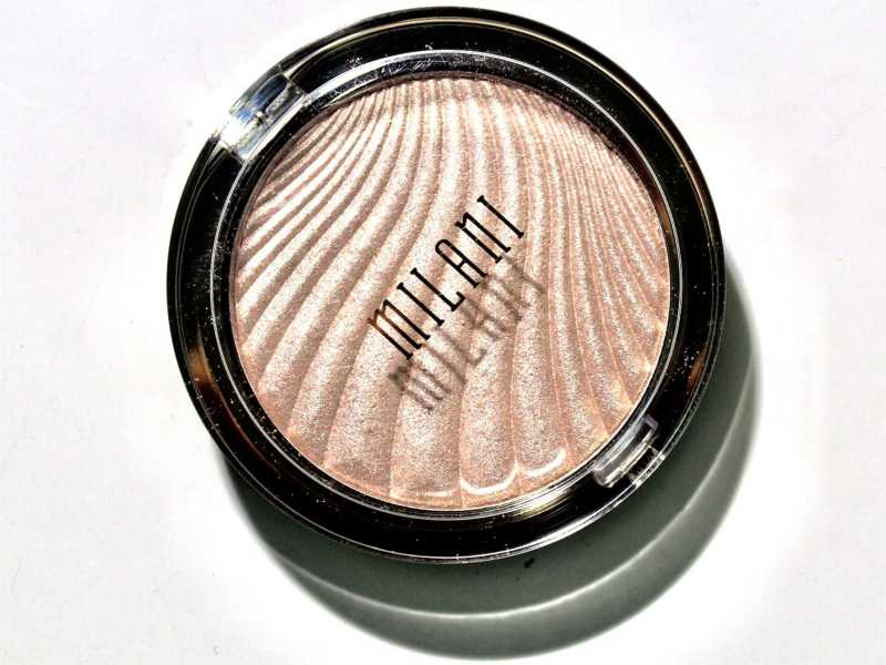 Milani Strobelight Instant Glow Powder Afterglow 01 Review, Swatches