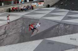 Mind Your Step: Creative 3D Illusion Art (Amazing street illusion)