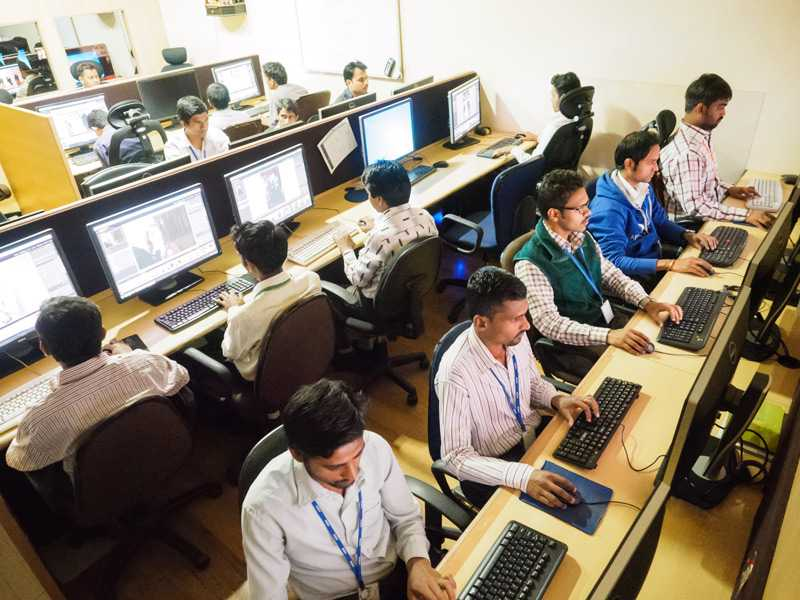 Mumbai Office Sees Full Attendance On A Sunday After HR Plans