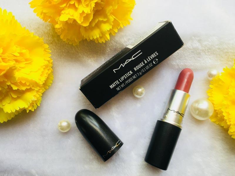 My First Mac Lipstick:-Mac Mehr Review