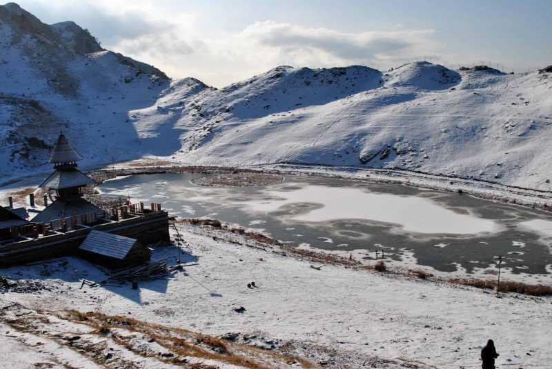 Prashar Lake Trek - A Detailed Travel Guide For Beginners & Backpackers