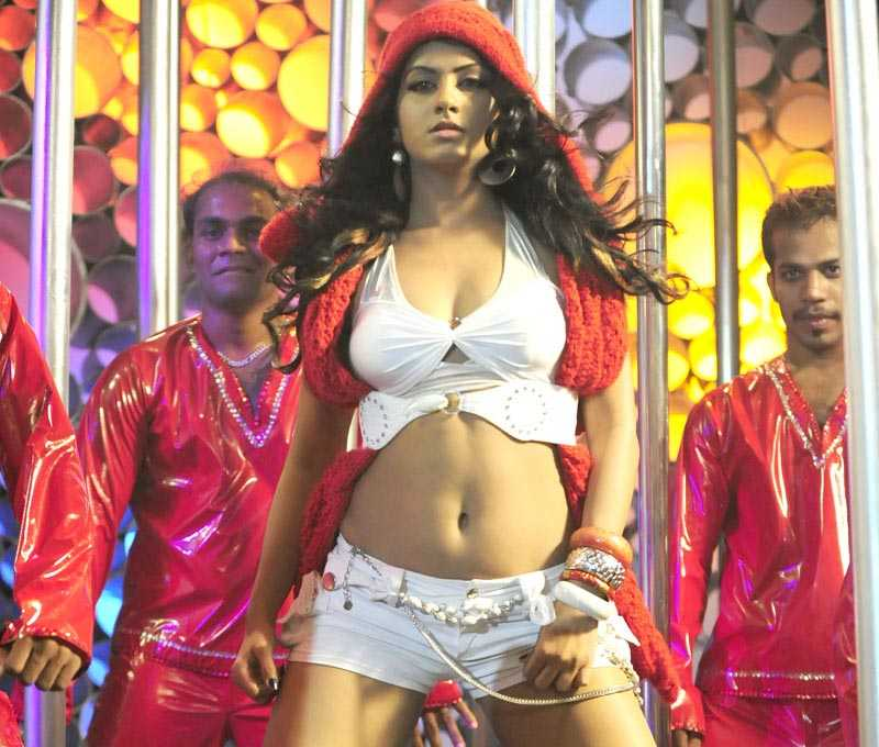 Rajesh Blogs Rachana Mourya Hot Stills From Item Song With Poll