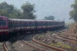 Rajdhani, Shatabdi Trains Will Have Jolt-Free Travel; Corporatization Of Manufacturing Initated