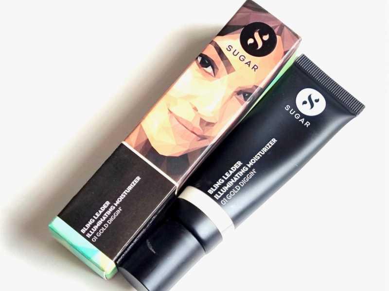 SUGAR Cosmetics Bling Leader Illuminating Moisturizer 01 Gold Diggin Review, Swatches