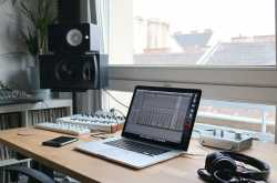 Top 10 Best Laptops for Music Production in 2018 - Best Laptop Ninja