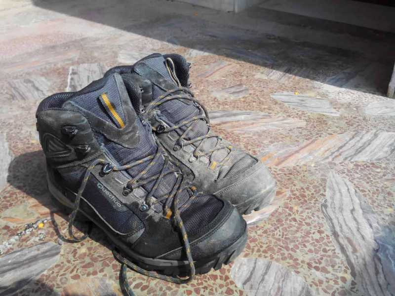 Top 5 Trekking / Hiking Shoes [under Rs 5000 For Budget Travelers]