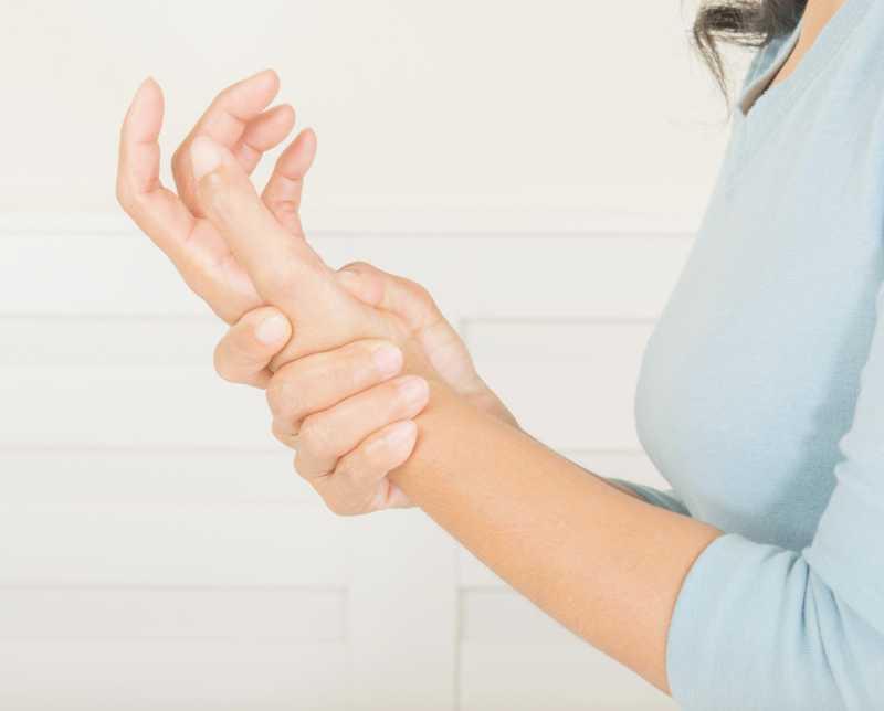 Trigger Finger Or Stenosing Tenosynovitis - Women Fitness