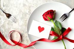 valentines day gifts for him and her 2018