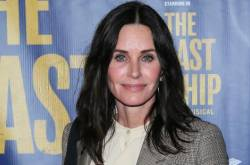Courteney Cox Admits Feeling 'hurt' For Being The Only Friends Cast Member To Not Get An Emmy Nomination