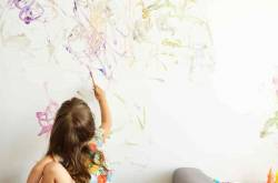 Creative Parent Has Incredible Fix After The Kid Draws On Their Wall