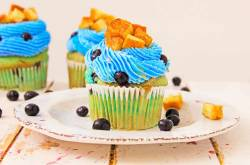 Healthy Blueberry Cupcakes Topped With French Toast - The Picky Eater
