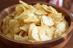 Homemade Potato Chips, Urulai Kizhangu Chips - Raks Kitchen