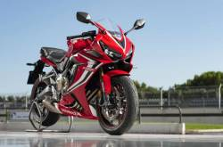 Honda CBR650R Sold Out For 2019 In India; Bookings On Hold!