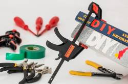 How To Ensure You Survive Your DIY Repairs And Projects | SaveDelete