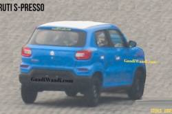 Maruti S-Presso Spied Undisguised In Blue Body Paint | MotorBeam