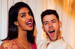Nick Jonas Gushes About Priyanka Chopra As He Celebrates The Coolest Karwa Chauth; View PHOTOS
