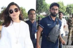 PHOTOS: Anushka Sharma Slays In Casuals As She Joins Virat Kohli & Team At The Mumbai Airport