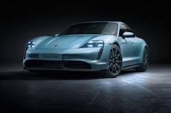 Porsche Taycan 4S Unveiled; Less Power, More Affordable | MotorBeam
