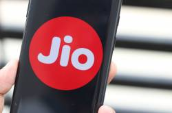 Reliance Jio Triple Play Plan Bundling Broadband, Landline and DTH in One Package Is Currently in Testing