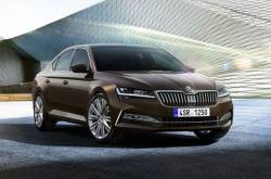 Skoda Superb Facelift Revealed; Gets A Plug-in Hybrid Powertrain