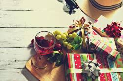 Ten Hacks to Plan the Best Office Holiday Party Ever | SaveDelete